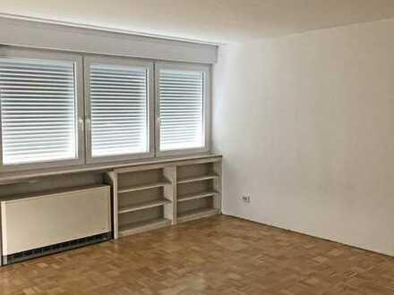 6177 - 1-Zimmerwohnung mit Balkon in Bergwald!