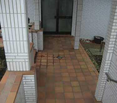 GE-Buer, tolle 21/2R.-Terrassen-Whg., sep. Eingang, eigener Garten !