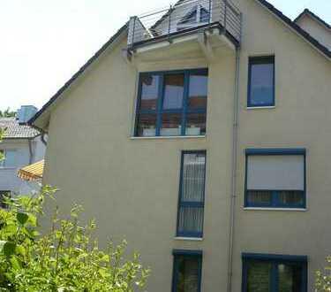 Individuelle Maisonette-Wohnung in Köln-Alt-Bocklemünd