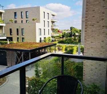 Exklusive 3-Zimmer-Wohnung mit Balkon und Wasserblick/ Alter Stadthafen