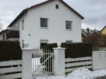 Schöne, ruhige, zentrale 1- Zimmer- Wohnung in Starnberg (Kreis), Gilching