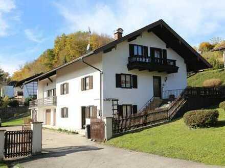 Roitham - Gemeinde Seeon-Seebruck - Großzügiges 1 bis 2-Familienhaus zur vielfältigen Gestaltung