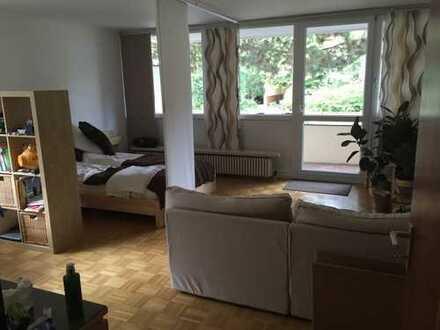 Helle, lichtdurchflutete Wohnung in Traumlage am Nymphenburger Kanal