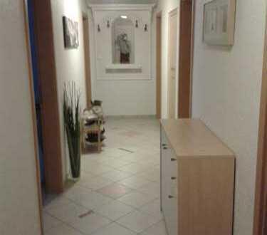 Großzügige 4-Zimmer-Wohnung mit Balkon und Einbauküche in Gütenbach