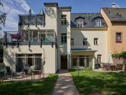 Luxus 4-R.-Whg. mit Dachterrasse, Parkett, Fußbodenheizung, Wintergarten, Kaminofen, Gäste-WC etc.