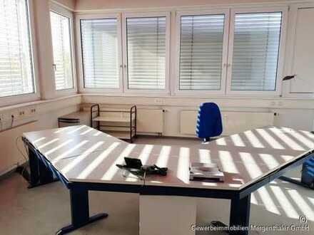 Zwei große moderne Büroräume in Weinstadt zu vermieten