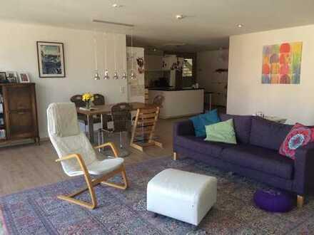 Schöne, geräumige 4 Zimmer Wohnung im Mehrgenerationenhaus in Herrenberg