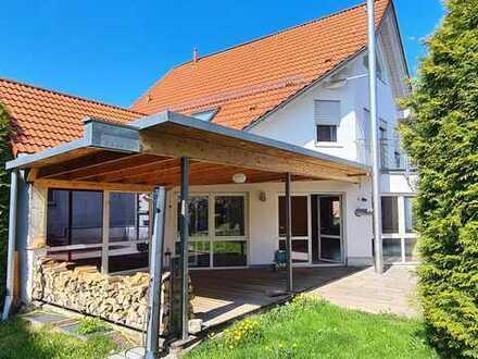 Attraktives Haus mit zehn Zimmern in Schlierbach, Schlierbach
