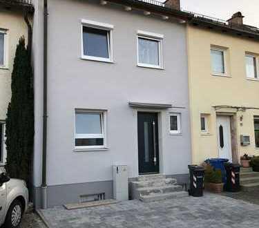 Schönes Haus mit vier Zimmern in Augsburg (Kreis), Neusäß
