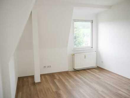 Helle 2-Raum-Wohnung - frisch saniert!