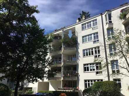 Zentrale und ruhige 4-Zimmer-Wohnung in München Giesing