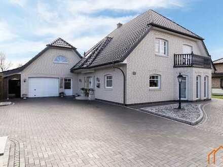 VERKAUFT! Hochwertiges Einfamilienhaus mit Kamin, Sauna, EBK uvm. zentral in Barßel!