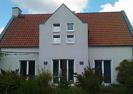 Schönes, geräumiges Haus mit fünf Zimmern in Braunschweig, Kanzlerfeld