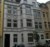 Geräumige, vollständig renovierte 1,5-Zimmer-DG-Wohnung in Dortmund