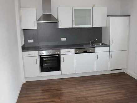Vollständig renovierte Wohnung mit zwei Zimmern und EBK in Schwarzenfeld