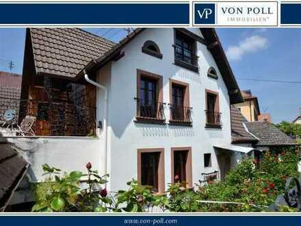 Denkmalgeschütztes Anwesen mit romantischem Innenhof