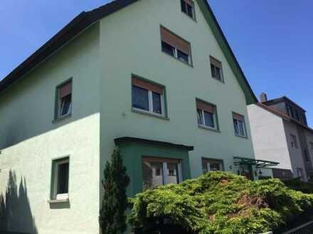 Schöne vier Zimmer Wohnung in Rhein-Neckar-Kreis, Ilvesheim
