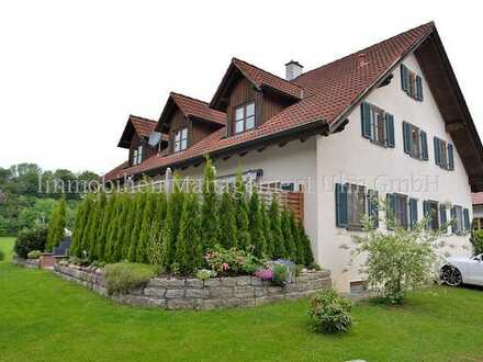 Attraktive 4-Zimmer Wohnung in einem Zweifamilienhaus in Oberroth zu vermieten!