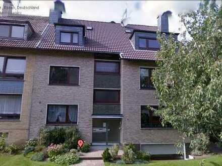 Ruhige 2,5-Zimmer-Souterrain-Wohnung Nähe Schlosspark