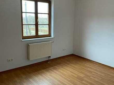 3-Zimmer-Wohnung Pinnow mit halboffener Küche