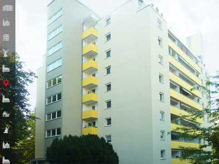 Bezugsfreie und gut geschnittene 3-Zimmer-Wohnung mit 2 Balkonen