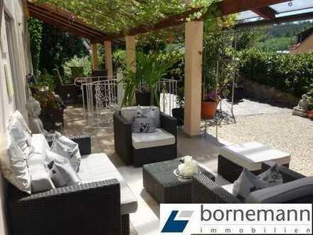 Fränkisches Seenland! Hochwertige Terrassen-ETW + UG 108 m²! Toller Garten mit Schwimmteich!