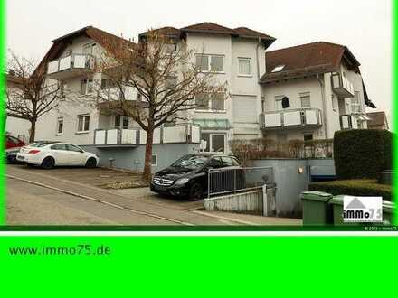 schöne 3 Zimmer Eigentumswohnung mit Balkon und TG Stellplatz