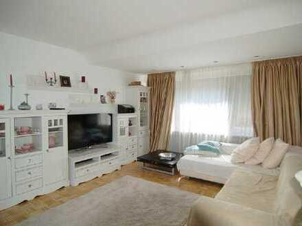 Einziehen und Wohlfühlen! Maisonette-Wohnung im Herzen von Kaiserswerth