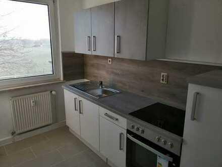 Erstbezug nach Sanierung: ansprechende 3-Zimmer-Wohnung mit EBK in Groitzsch