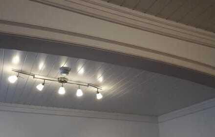 SEHR schönes, SEHR großes helles Zimmer im Zentrum von Hamm ab Februar.
