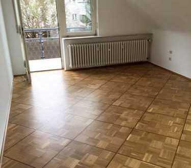 Vollständig renovierte 3-Zimmer-DG-Wohnung mit Balkon in Ahrweiler (Kreis)