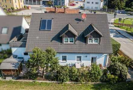 Mitten in Roth! Gepflegtes Einfamilienhaus mit ca. 193 m² Wohnfläche zu verkaufen