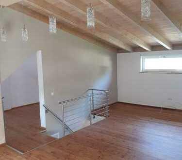 Schöne 4-Zimmer-Wohnung mit Dachterrasse und EBK in Memmingen