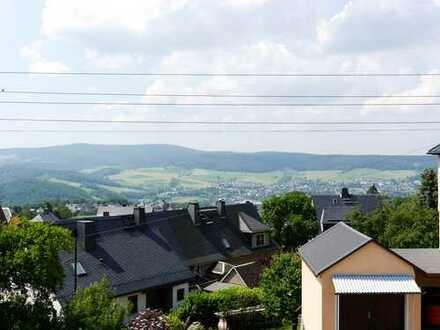 Wunderschöner Fernblick über den Dächern von Bernsbach!