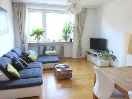 3 Zimmer-Wohnung Altbau - mit Balkon