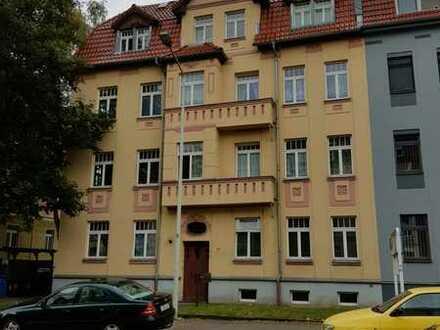 Schöne 2-Raum-Wohnung wieder zu vermieten - auch WG-geeignet