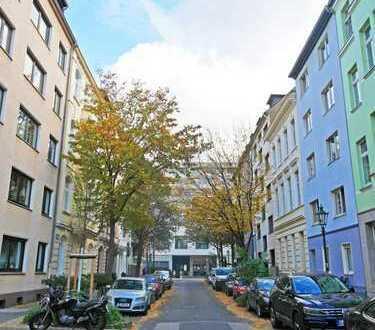 *NEU* Modernisierte 2 Raum Wohnung auf eine der schönsten Strassen von Unterbilk!!