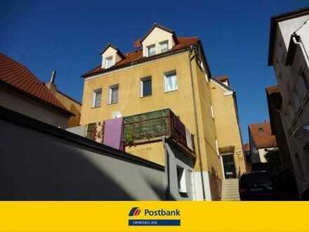 Für Kapitalanleger! Aufgeteiltes MFH mit 6 Parteien in Topplage der Schwabacher Innenstadt.