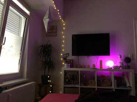1 Zimmer 18 qm in NU Offenhausen in einer Frauen WG zu vermieten