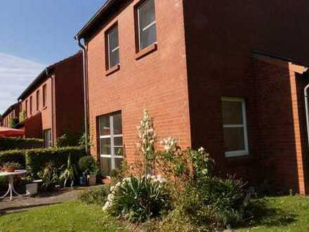 Schöne 3-Zimmer-Wohnung/Minivilla in Heikendorf zu vermieten