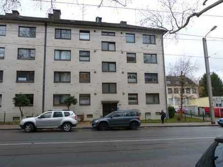 Vermietete 3 Zimmer EG Wohnung mit Balkon in Essen Frohnhausen
