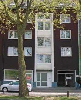 Gut vermietetes Wohn- und Geschäftshaus mit 3 Garagen in Essen - Kray - Nord
