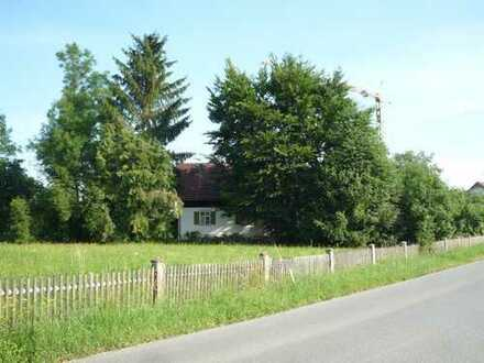 Grundstück für Einzelhaus (mit Altbestand)