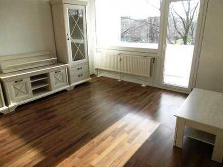 IMMOKONZEPT-NIEDERRHEIN: Komplett renoviert....Für Kapitalanleger ? Balkon, Stellplatz.....