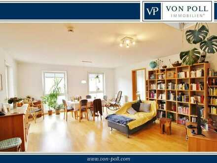 Bildschöne Maisonette-Wohnung mit reizvoller Galerie und sonniger Dachterrasse