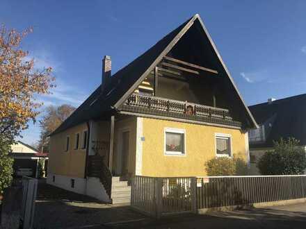 Einfamilienhaus mit zwei Garagen in Schrobenhausen zu verkaufen!