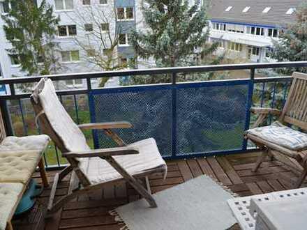 Attraktive 2-Zimmer-Wohnung mit Balkon und EBK in Köln-Nippes