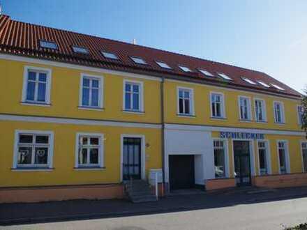 Modernisiertes Mehrfamilienhaus mit 8 Einheiten in Jarmen zu verkaufen.