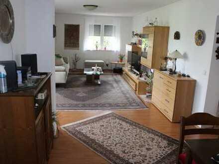 Stilvolle, modernisierte 3-Zimmer-Wohnung mit Balkon in Konstanz (Kreis)