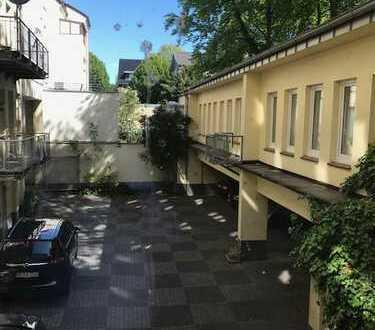 individuelle, sehr ruhige 3-Zimmer-Wohnung mit Loggia in Dortmund City